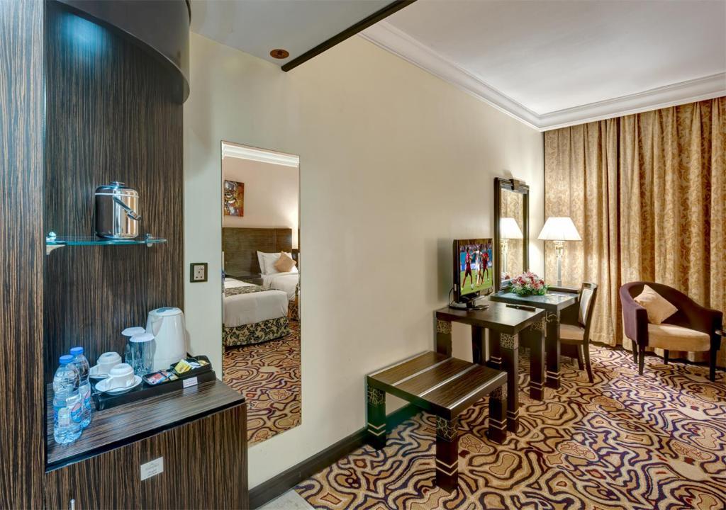 Sharjah Palace Hotel, Шарджа, ОАЭ, фотографии туров