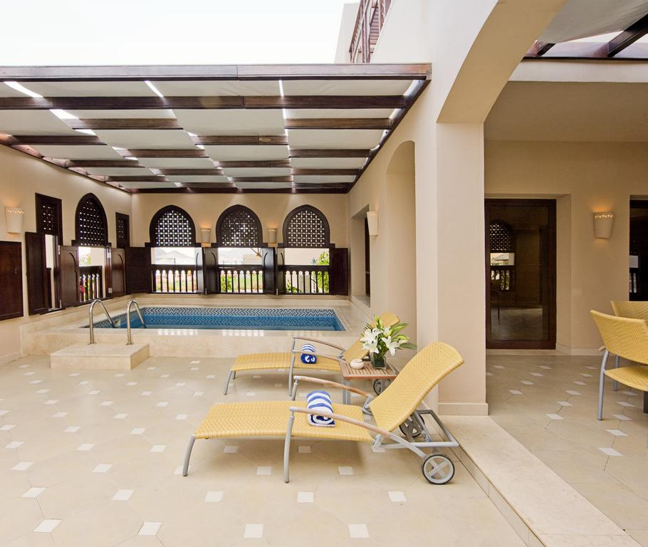Тури в готель Miramar Al Aqah Beach Resort
