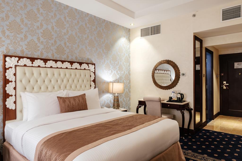 Tulip Inn Al Khan Hotel, Шарджа, фотографии туров