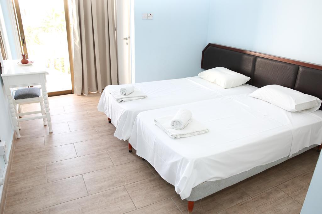 Antonis G Hotel Apartments, Кипр