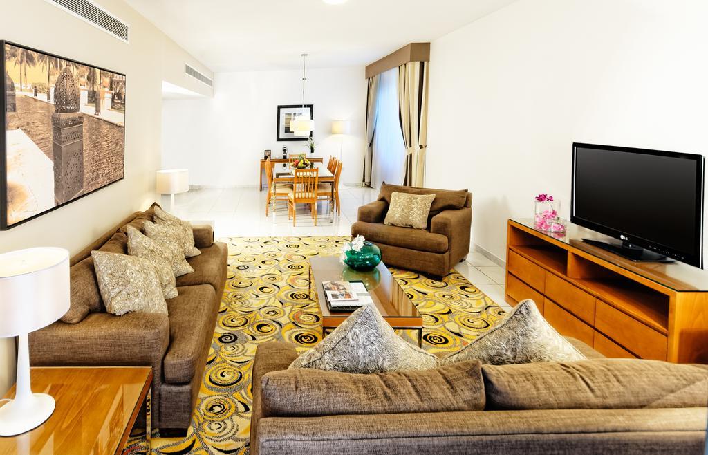Golden Sands Hotel Apartments цена