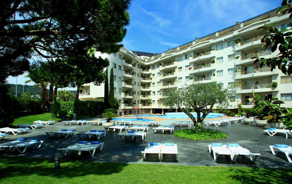 Горящие туры в отель Aqua Hotel Montagut