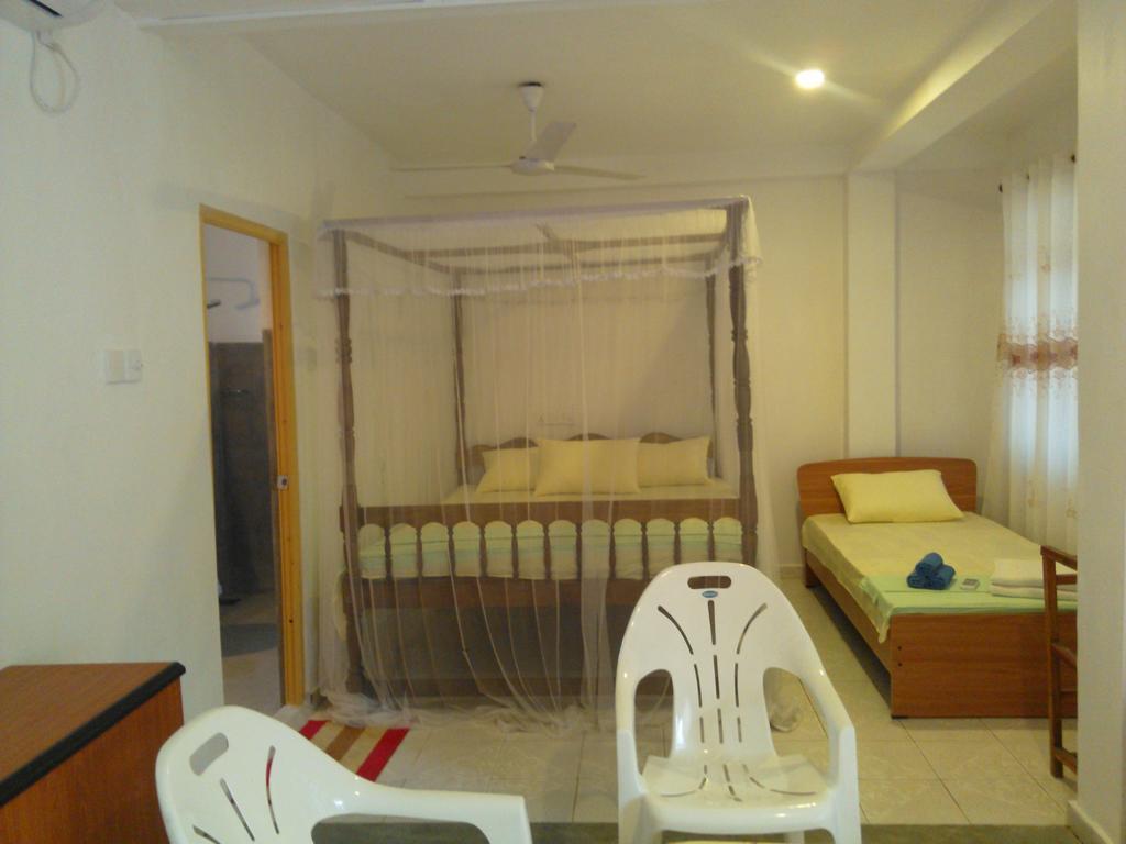 Serendipity Beach Hotel, Унаватуна, фотографии туров