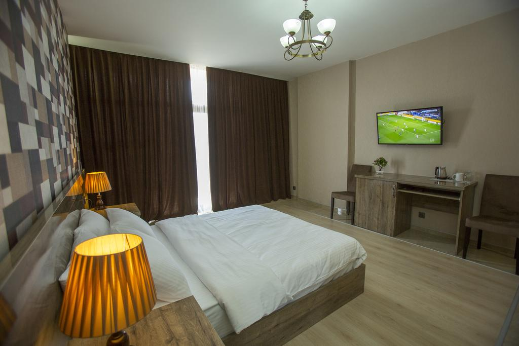 Тури в готель Ire Palace Батумі Грузія