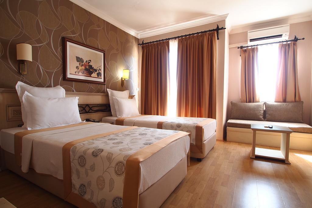 Отдых в отеле Romance Beach Hotel