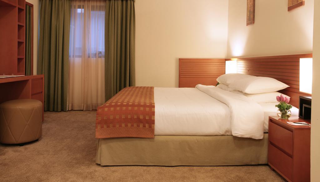 Отзывы гостей отеля Ramada Hotel & Suites Ajman