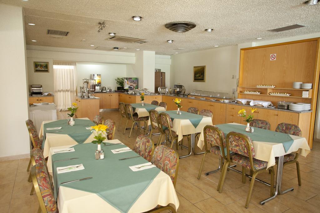 Горящие туры в отель Pefkos Hotel Лимассол