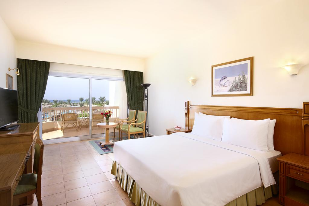Отзывы туристов Hilton Hurghada Long Beach Resort