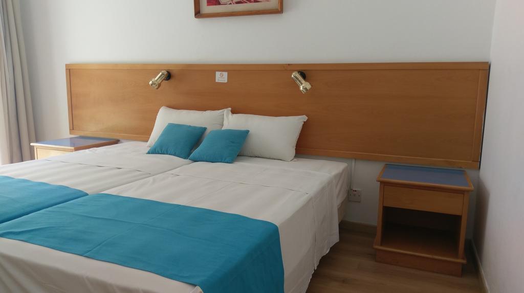 Daphne Hotel Apartments, Кипр