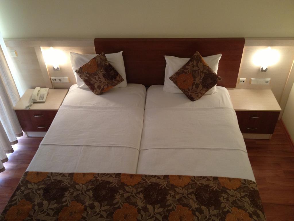 Lara Dinc Hotel, Анталія