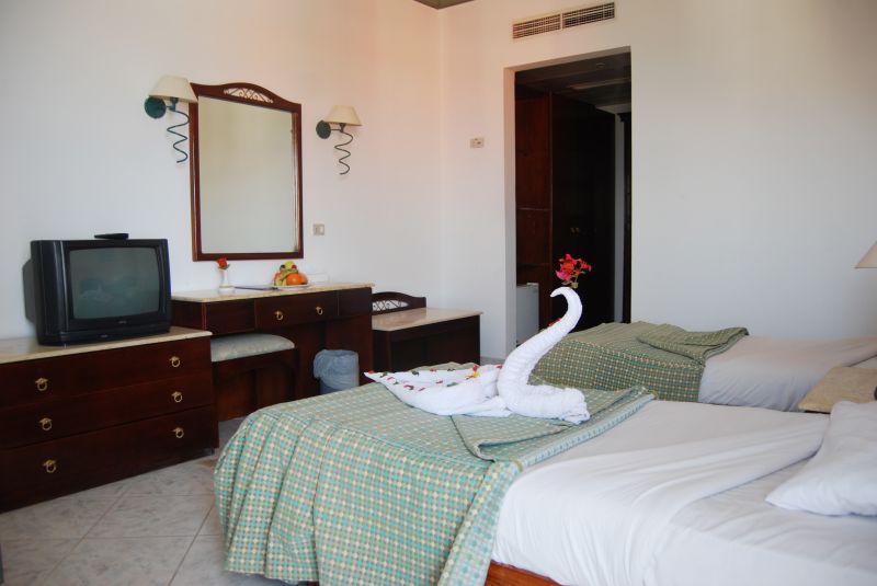 Host Way Aqua Park (ex.Roma Hotel), Египет, Хургада, туры, фото и отзывы