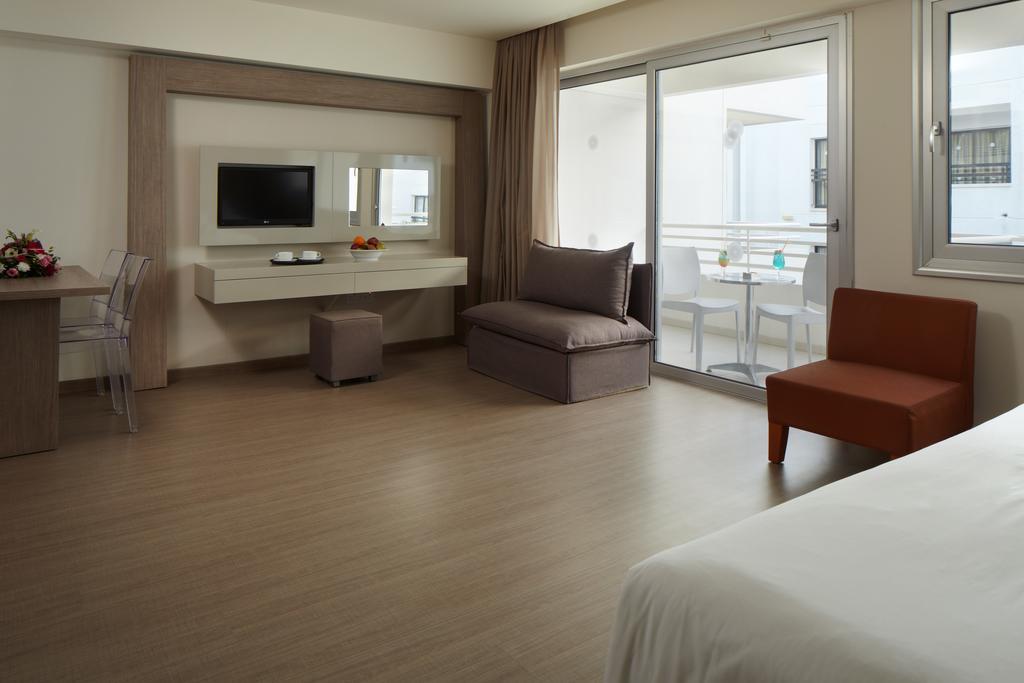 Туры в отель Melpo Antia Hotel & Suites Айя-Напа