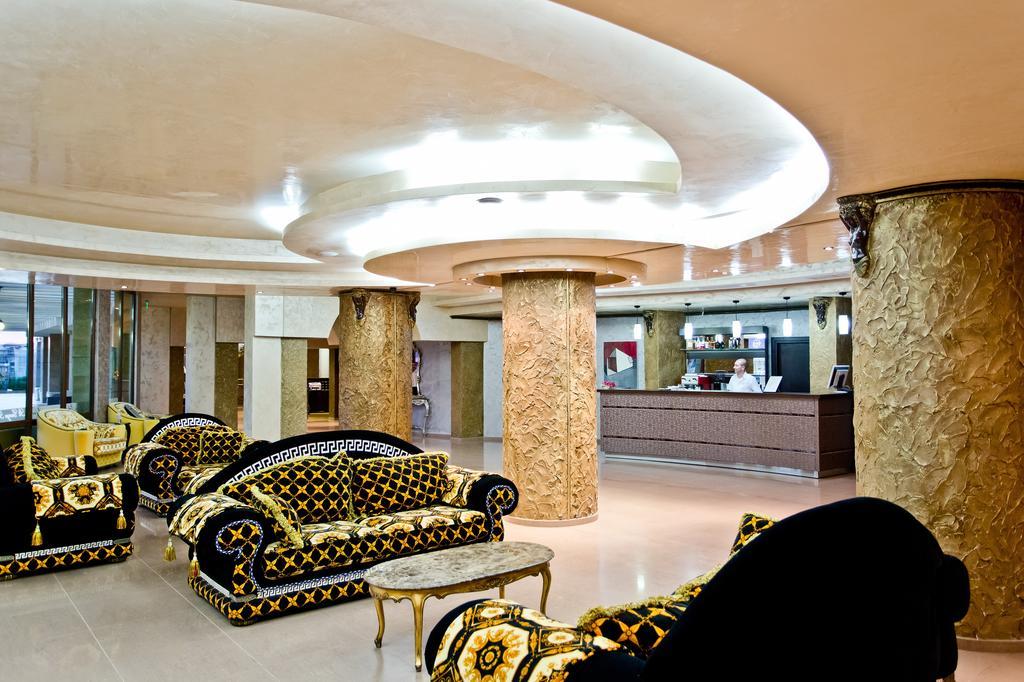 Тури в готель Saint George Palace