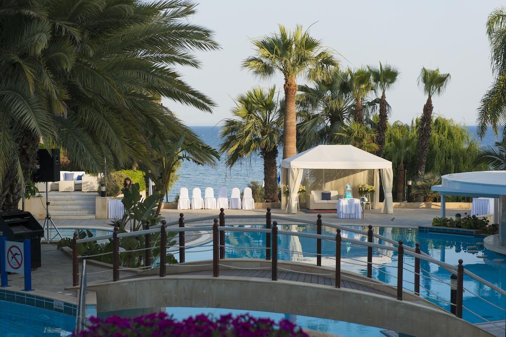 Mediterranean Beach Hotel, Лимассол, фотографии туров
