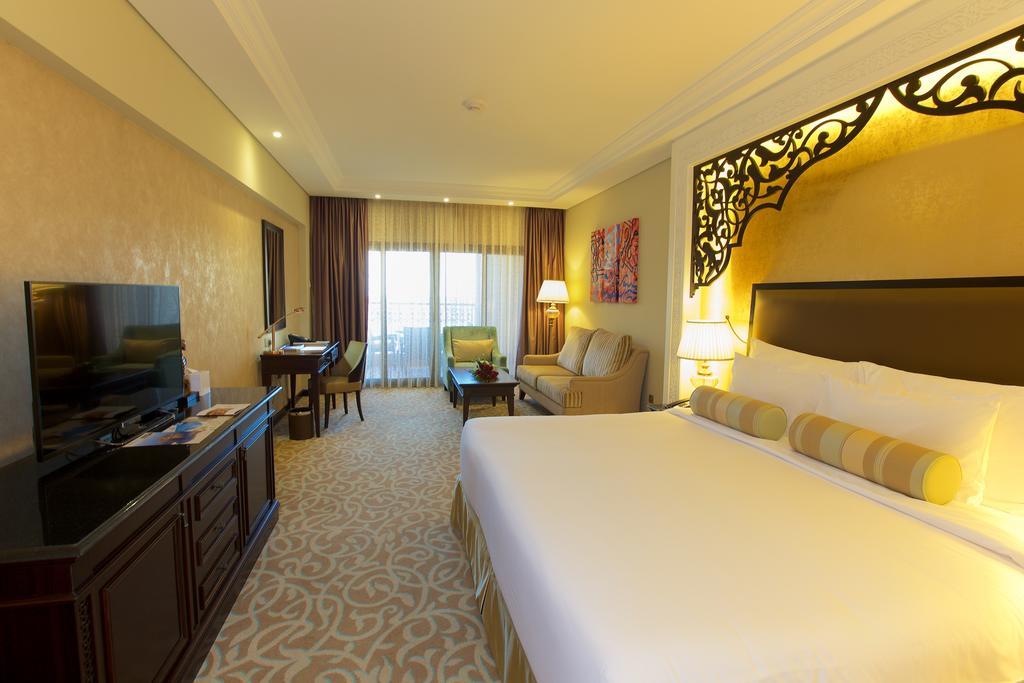 Відгуки туристів Marjan Island Resort & Spa