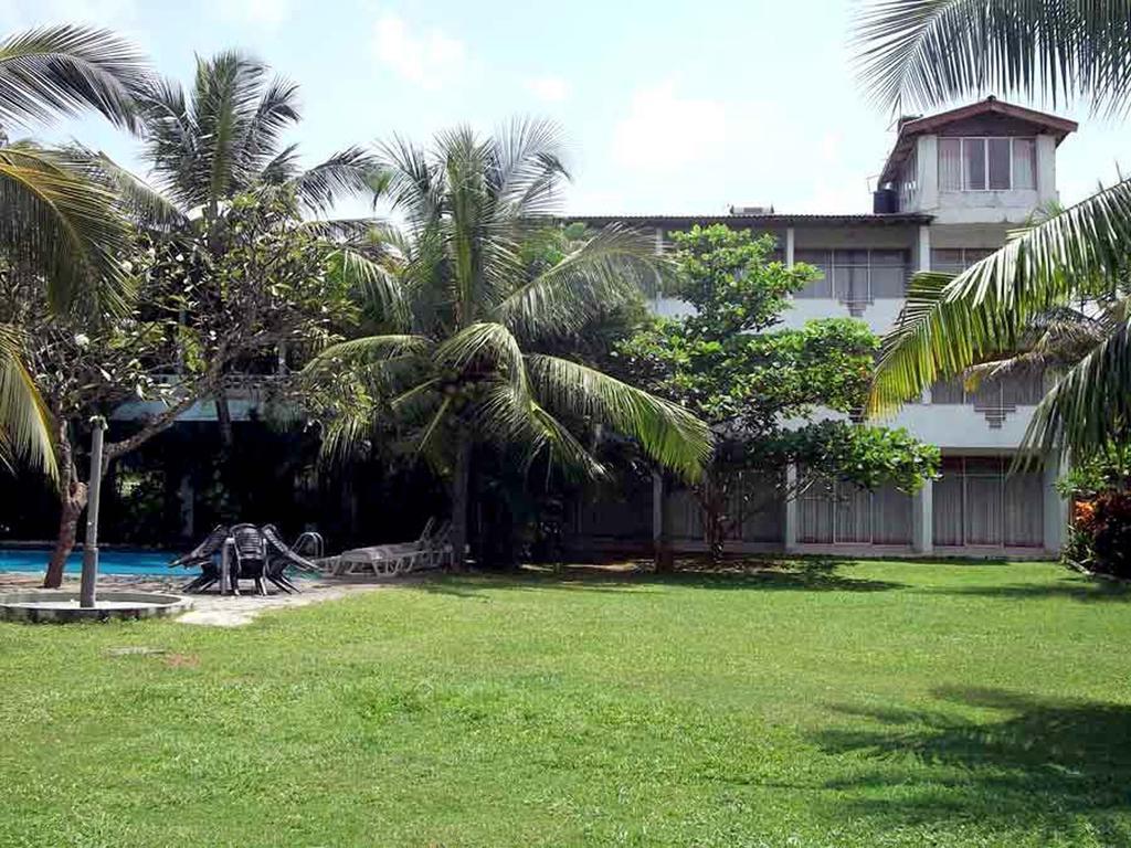 Туры в отель The White Haven Hotel - Panadura (Budget) Ваддува Шри-Ланка