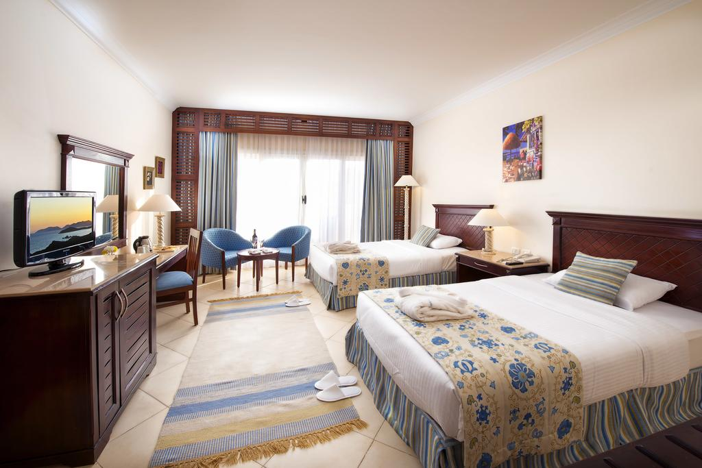 Отзывы об отеле Amwaj Oyoun Resort & Spa (ex. Millennium Oyoun)
