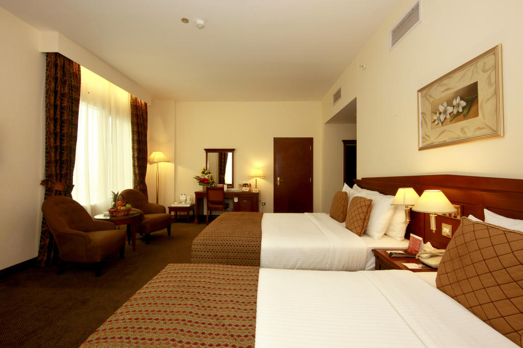 Отзывы туристов Howard Johnson Hotel Bur Dubai