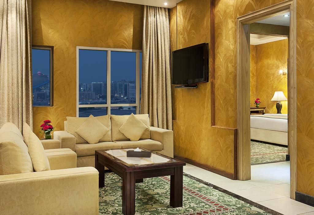 Отзывы гостей отеля Golden Tulip Al Thanyah