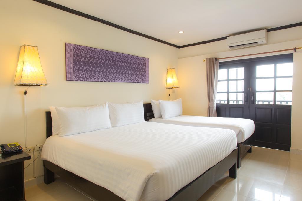 Golden Tulip Essential Pattaya Hotel, Паттайя, Таиланд, фотографии туров