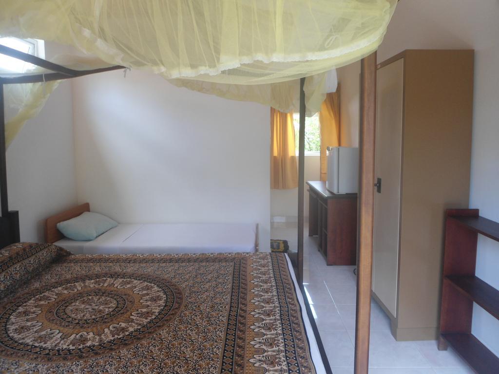 Sea Breeze Guest House, Шри-Ланка, Унаватуна, туры, фото и отзывы
