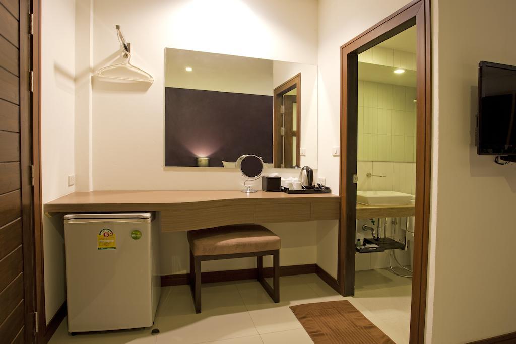 Wiz Hotel Таиланд цены