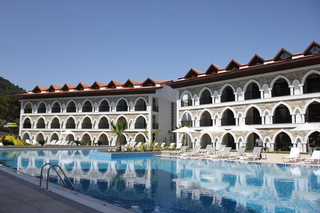 Гарячі тури в готель Ramada Resort Akbuk