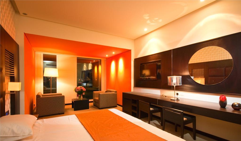 Hues Boutique Hotel, Дубай (город), ОАЭ, фотографии туров