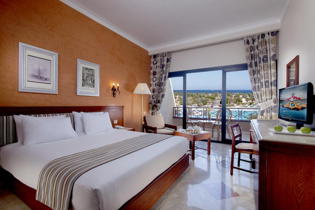 Туры в отель Pharaoh Azur Resort (Ex. Sonesta Pharaoh Beach)