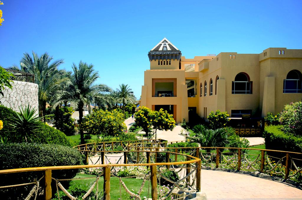 Туры в отель Rehana Royal Beach Resort & Spa