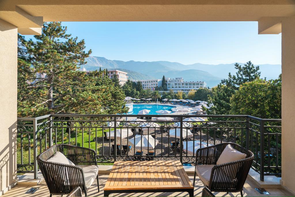 Відпочинок в готелі Iberostar Bellevue