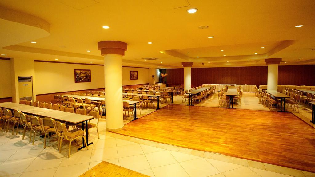 Горящие туры в отель Akteon Holiday Village