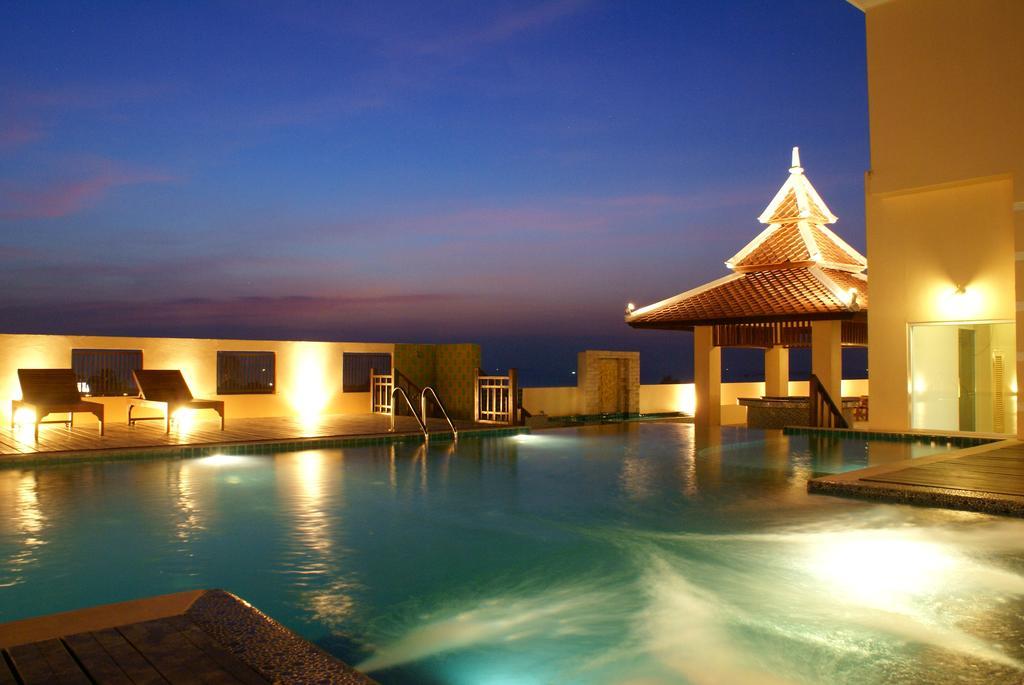 Отдых в отеле Aiyara Palace Hotel