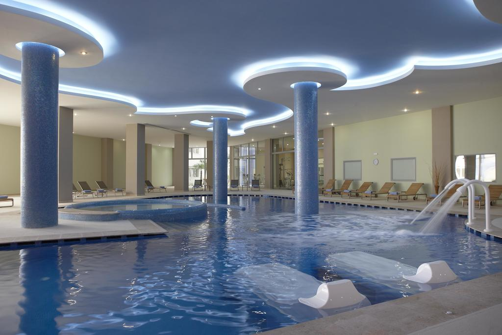 Ціни в готелі Atrium Platinum Luxury Resort & Spa