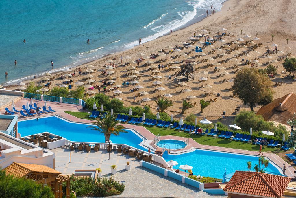 Fodele Beach Waterpark Holiday Resort, Іракліон ціни