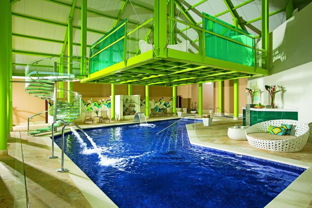 Уверо Альто Breathless Punta Cana Resort & Spa