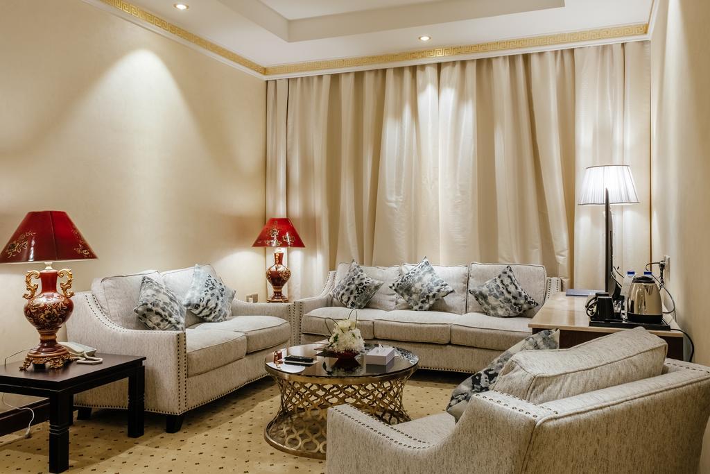 Tulip Inn Al Khan Hotel, Шарджа, ОАЭ, фотографии туров