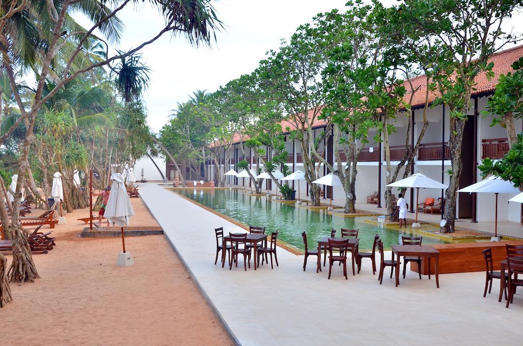 Индурува Pandanus Beach Resort