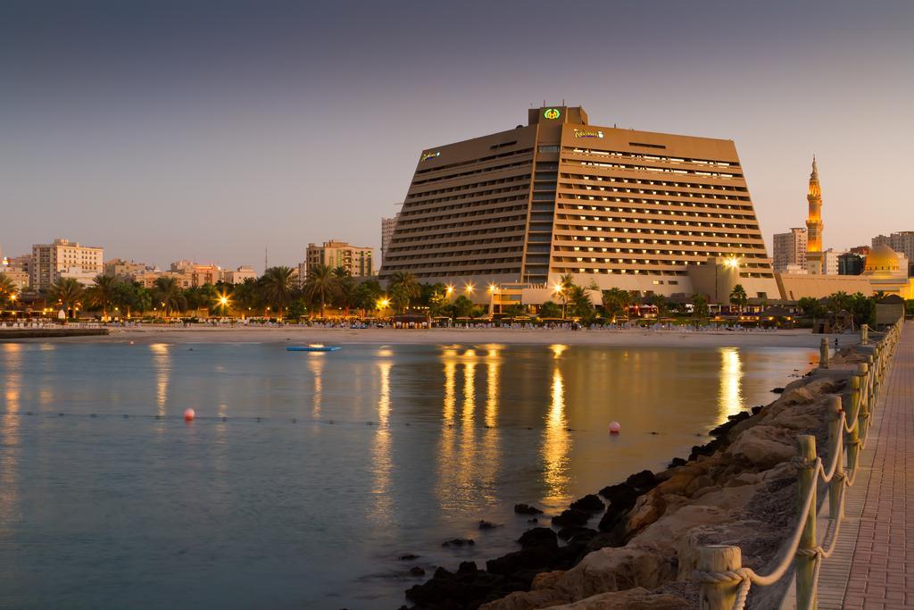 Фото готелю Radisson Blu Resort Sharjah