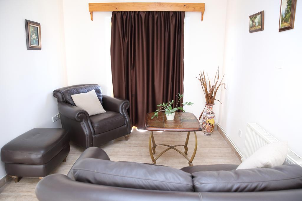 Antonis G Hotel Apartments Кипр цены