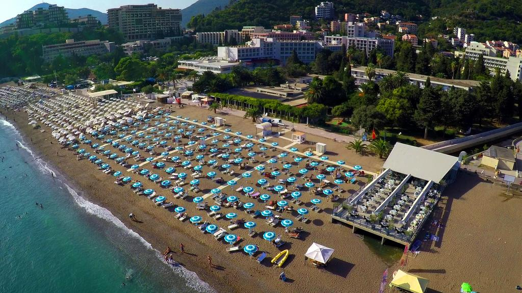 Фото отеля Mediteran Becici Hotel