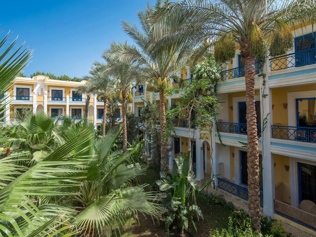 Ціни в готелі Mirage Bay Resort & Aquapark (ex. Lillyland Aqua Park)
