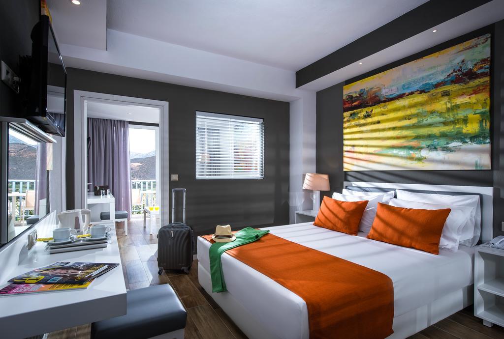 Відпочинок в готелі Fodele Beach Waterpark Holiday Resort Іракліон Греція