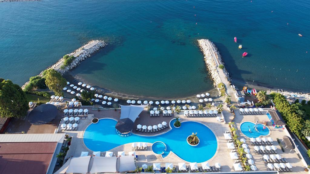 Горящие туры в отель The Royal Apollonia Лимассол Кипр