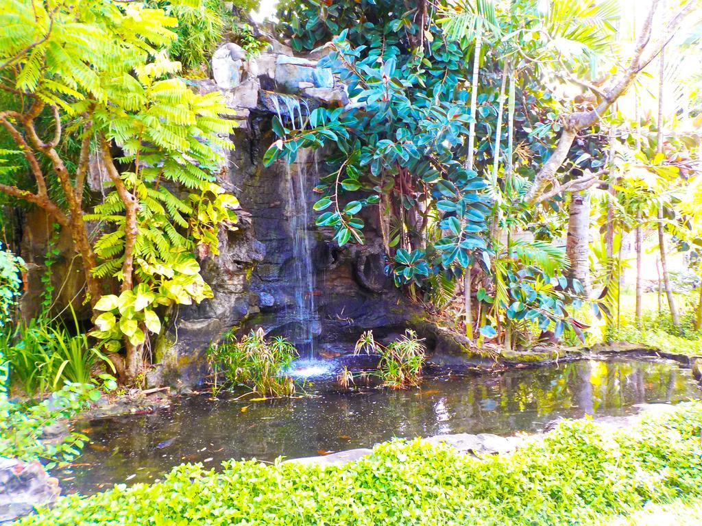 Горящие туры в отель Palm Beach Кута