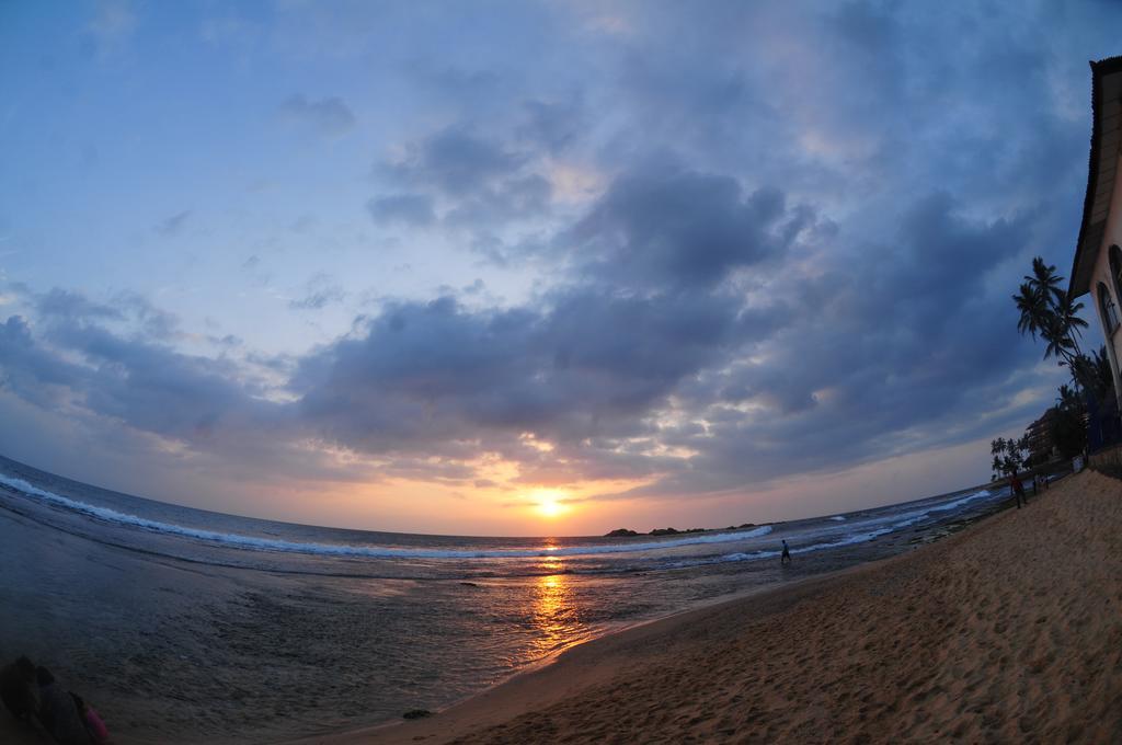 Горящие туры в отель Lanka Super Coral Хиккадува