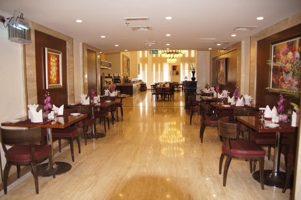 Rayan Hotel, Шарджа