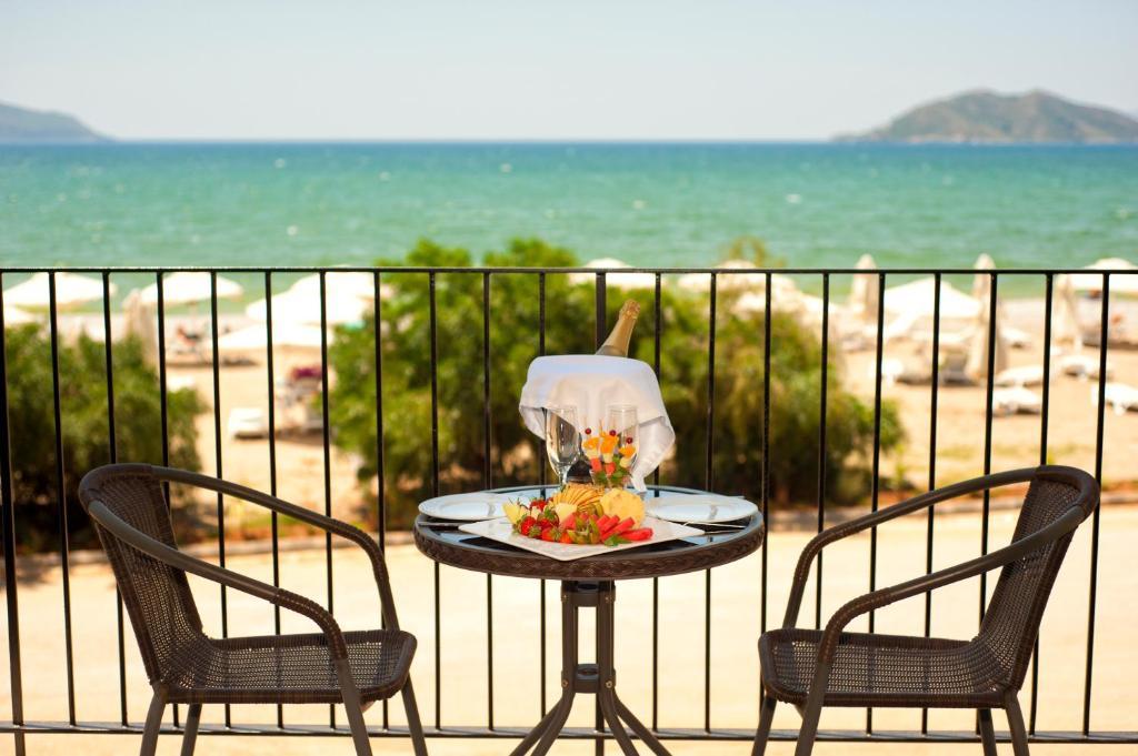 Фетхіє Jiva Beach Resort ціни