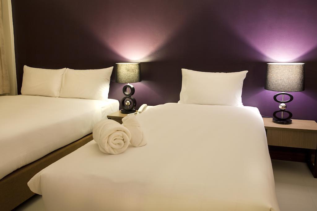 Wiz Hotel, Паттайя цены