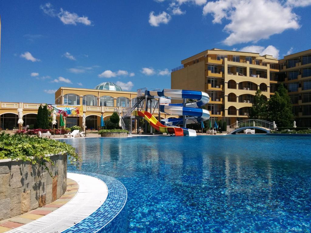 Ціни, Midia Grand Resort